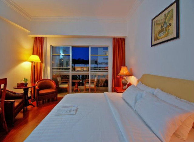 hotel-somadevi-angkor-resort-spa_02.jpg