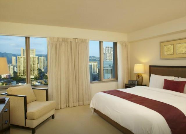 trump-international-hotel-waikiki-03.jpg