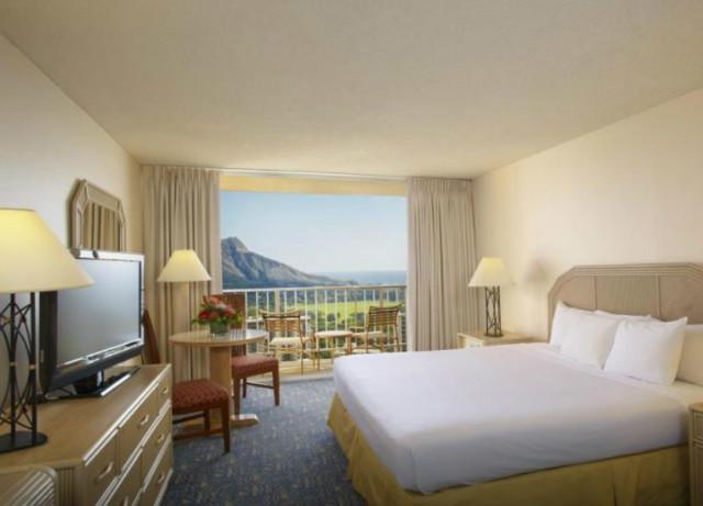 pacific-beach-hotel-02.jpg